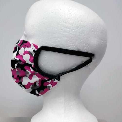 mascarilla de camuflaje rosa