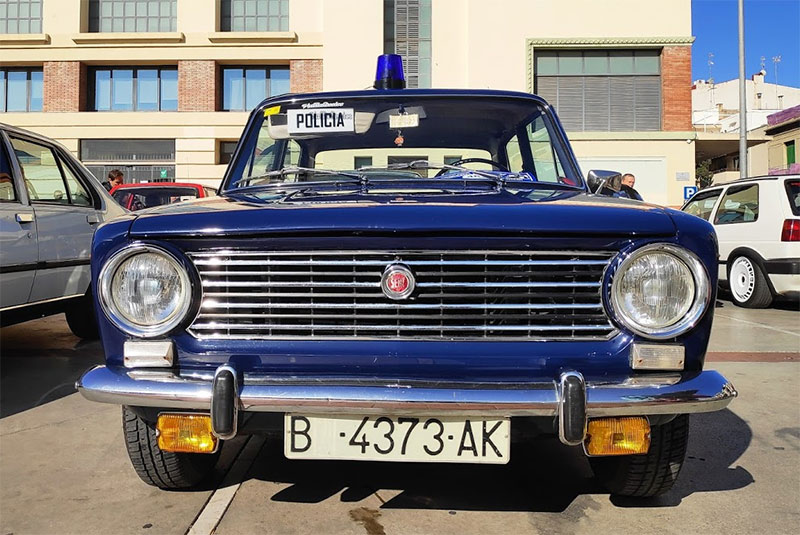 Seat 124 Policía