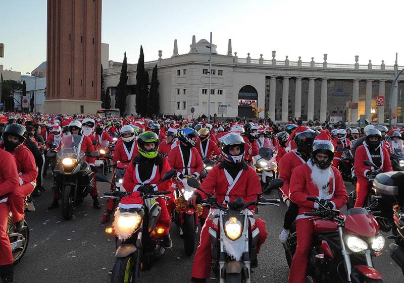 motos paradas en Papanoelada Barcelona