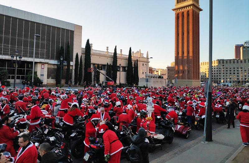 asistentes a la Papanoelada motera de Barcelona